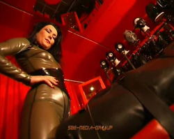Lady Pascal - Latex Excess 1 - Complete