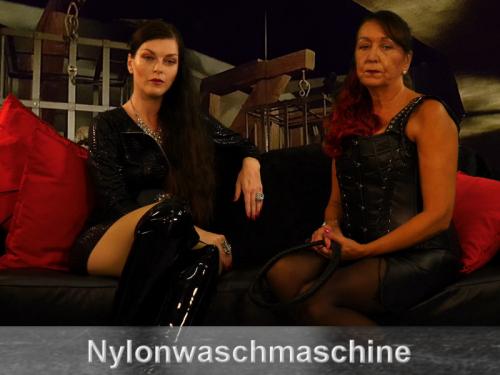 Dein Leben als Nylonwaschmaschine zweier Herrinnen