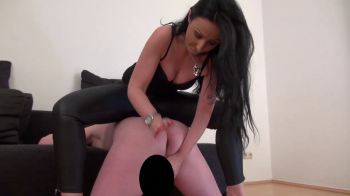 Lady Luciana - Mein CBT Sklave - Part 2