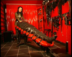 Lady Pascal - Latex Excess 1 - Part 2