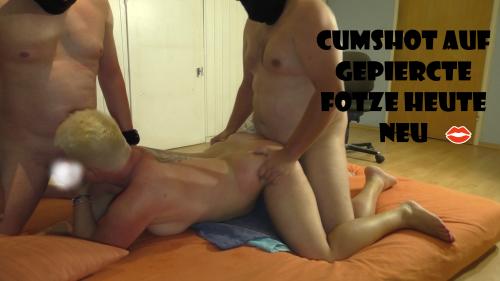 Cums**** auf gepiercte ****