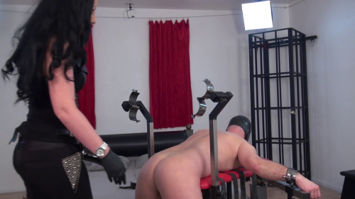 Lady Luciana - Helpless Fucked