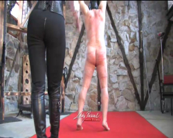 Lady Pascal - Classic Whip 2