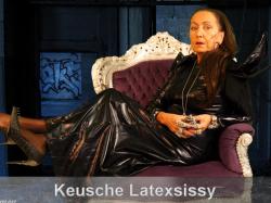 Keusche Latexsissy