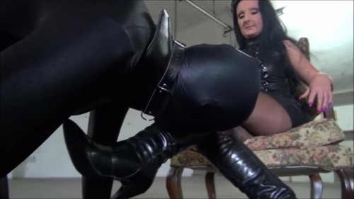 Lady Luciana - Fussfetish in Spandex