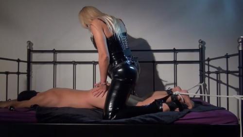 Mistress Marta - Fucked on the bed