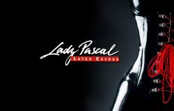 Lady Pascal - im ultimativen Latex-Hängebody
