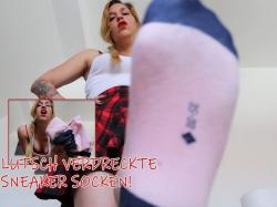 Dein Leben als Sohlen Junkie -Lutsch verdreckte Sneaker Socken