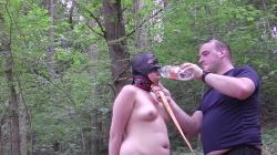 Natascha wird am See geärgert und bekommt was zu Trinke